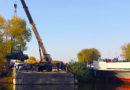 Подъем затонувшего автомобиля из реки Волга в городе Сызрань