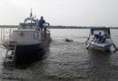 Поиски затонувшей лодки на реке Волга